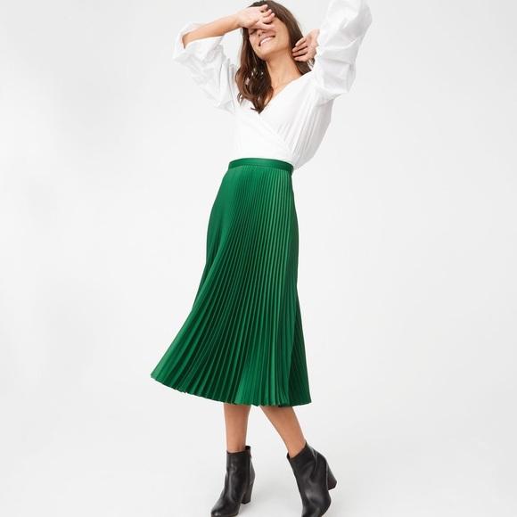7796dee4cf Club Monaco Dresses & Skirts - Club Monaco Green Annina Skirt